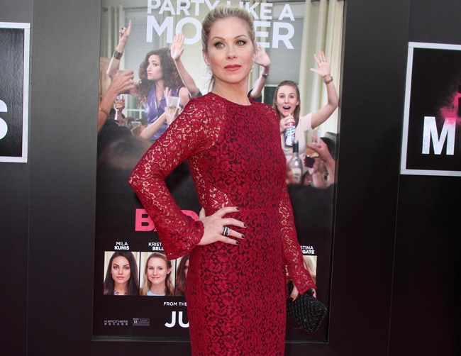 Christina Applegate not worried about appearances while on the go