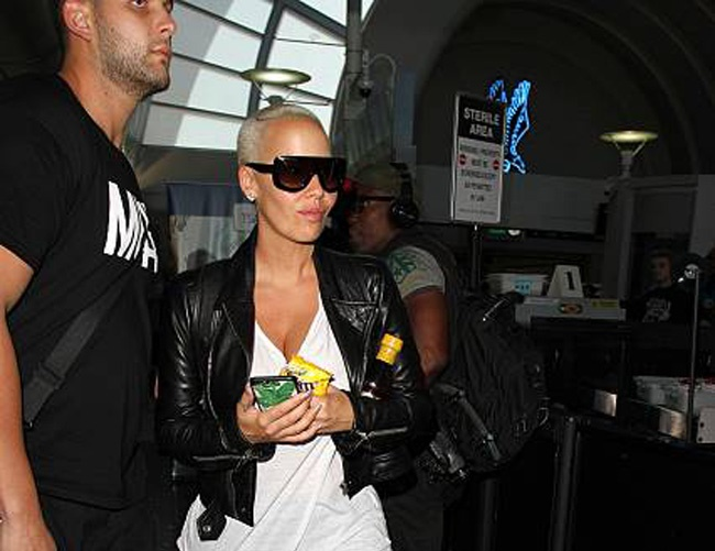 Amber Rose doesn't understand why she's a celebrity