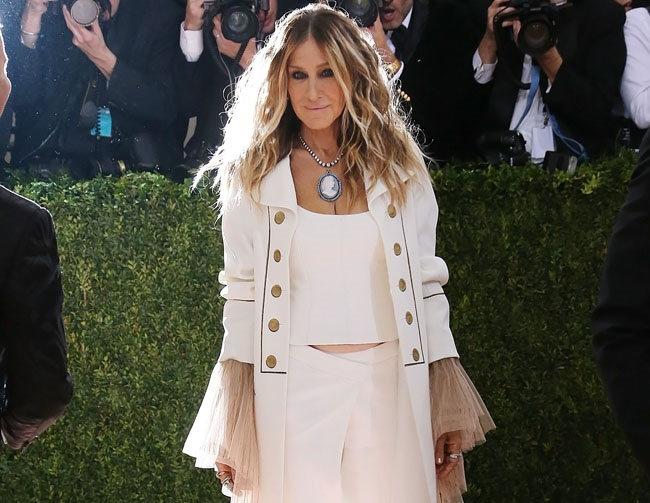 Sarah Jessica Parker hints at 'Sex and the City' sequel
