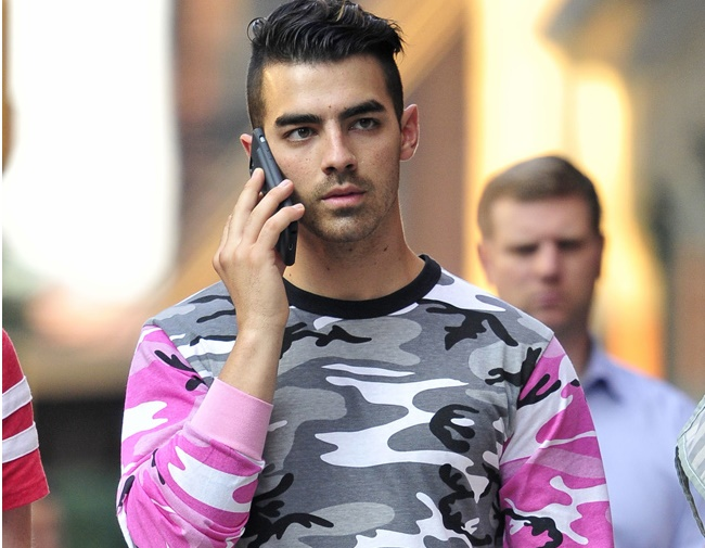 Joe Jonas opens up about his sex life