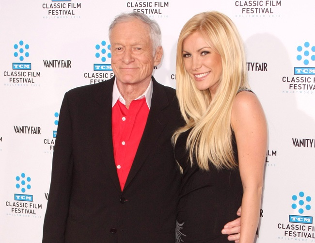 Hugh Hefner throws last Playboy Mansion party