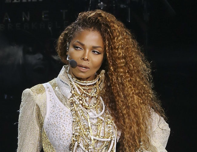 It's official: Janet Jackson is pregnant