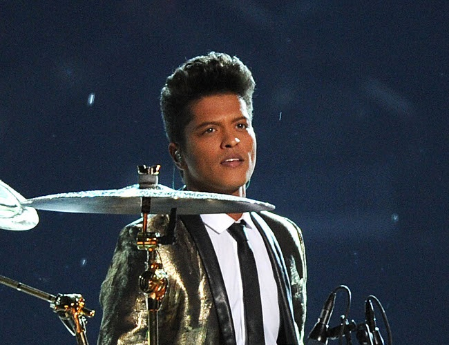 Bruno Mars says music brings people closer