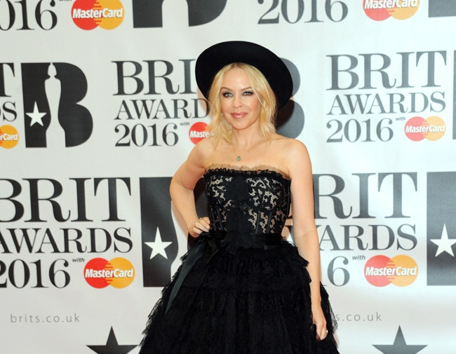 Kylie Minogue wants to get married soon