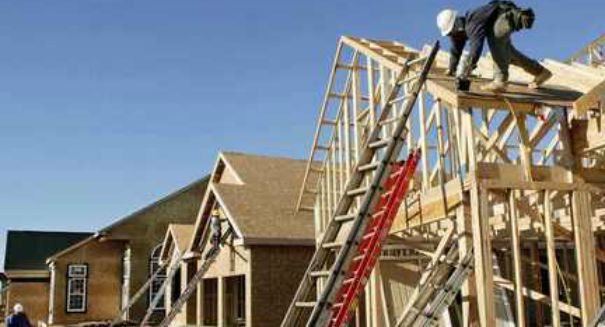 U.S. housing market blasts off, stunning analysts