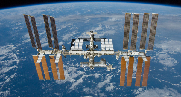 U.S., Russian crew arrive on the International Space Station