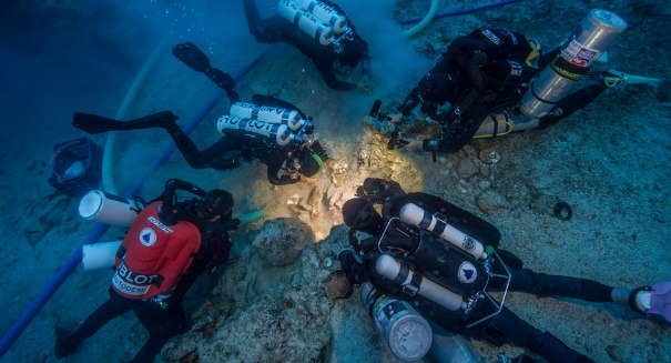 Spooky skeleton found on 2,000-year-old shipwreck