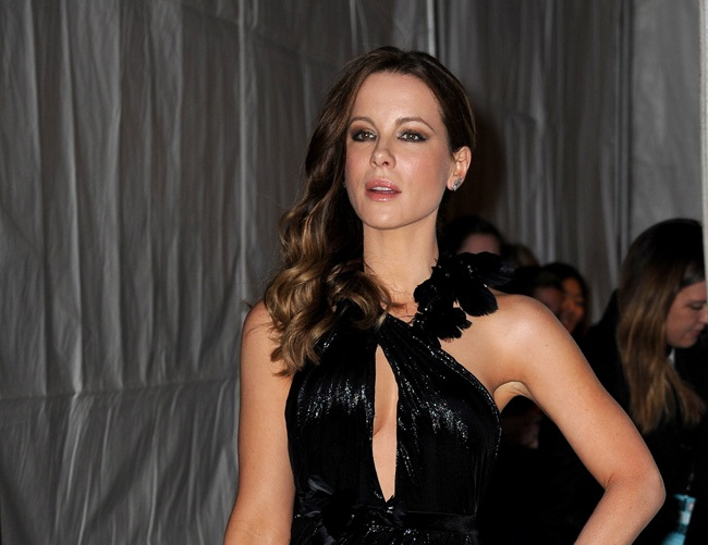 Kate Beckinsale reflects on her first sleep paralysis incident