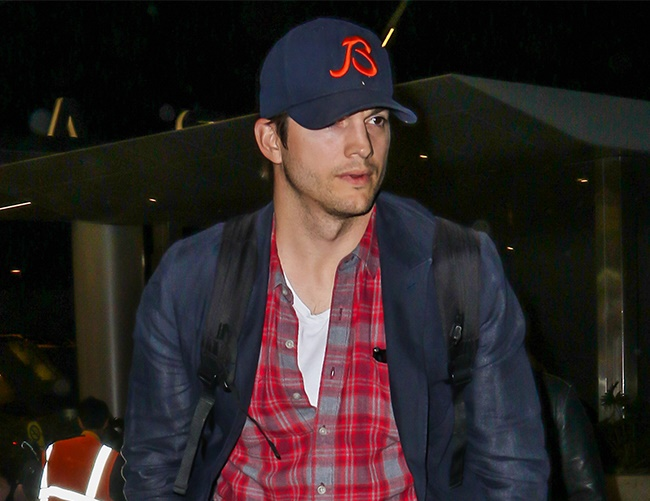 Ashton Kutcher upset over Laura Prepon's engagement