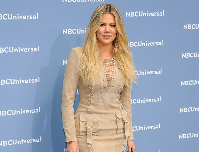 Khloe Kardashian looks up to Kim's body