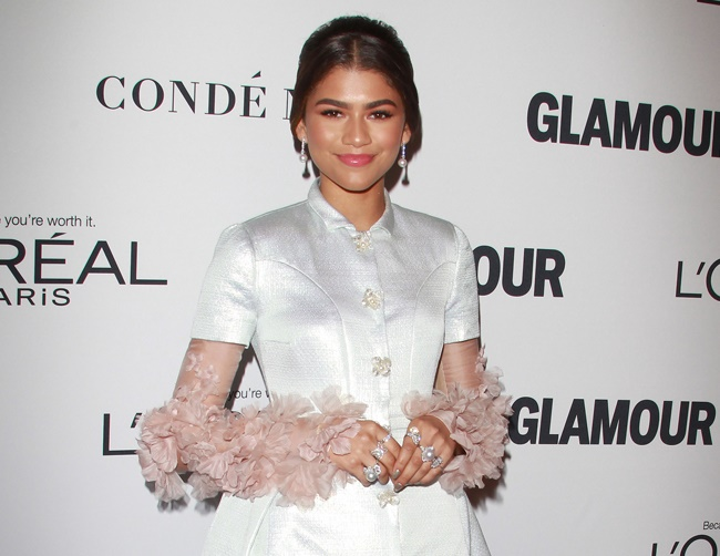 Zendaya is obsessed with her mobile phone