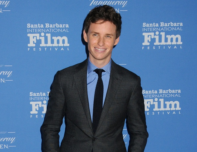 Eddie Redmayne has a cat allergy, and he is ashamed