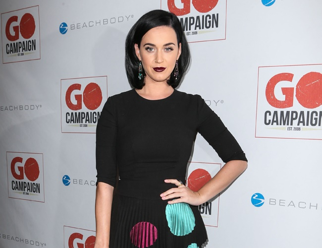 Katy Perry sees a therapist to stay healthy