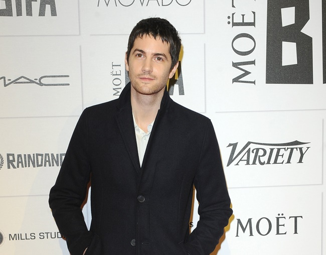 Jim Sturgess prefers to get drunk over learning