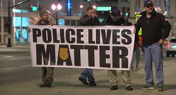"""Is the """"Police Lives Matter"""" march in Texas taking a shot at black activists?"""