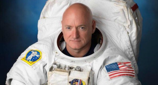 Here's the Spotify playlist NASA's Scott Kelly used to break the record