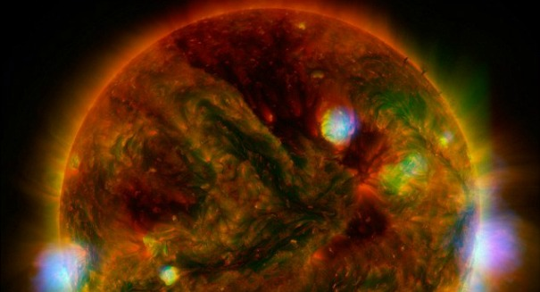 Massive hole on sun could swallow 50 Earths